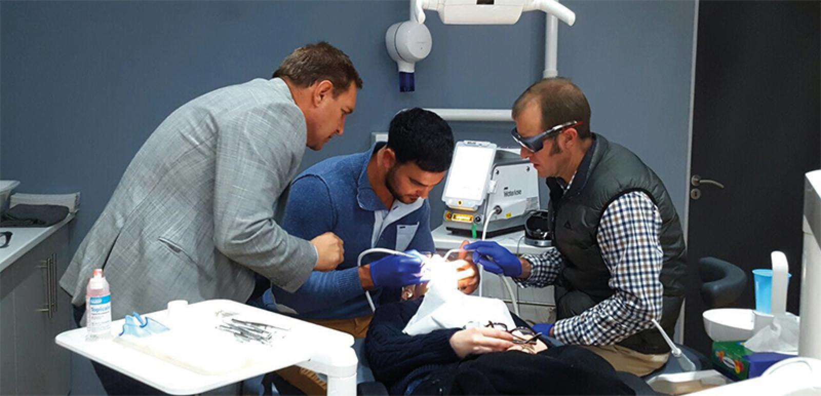 Lasers in Everyday Practice - 2 -The small Waterlase Express laser
